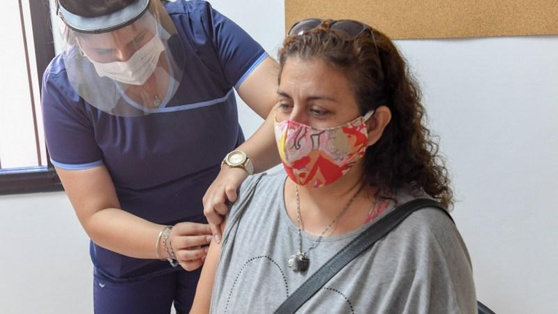 Los docentes de San Fernando ya se vacunan contra el Covid-19
