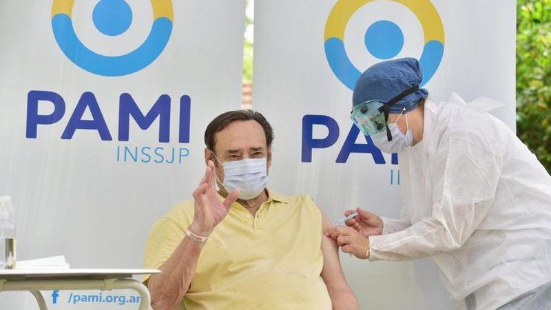 """Volnovich:"""" A pedido del Presidente, vamos areforzar la campaña de Vacunación"""""""