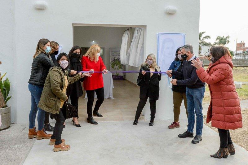 Zabaleta inauguró la obra de ampliación de la Casa de la Mujer y presentó el programa de Justicia Menstrual