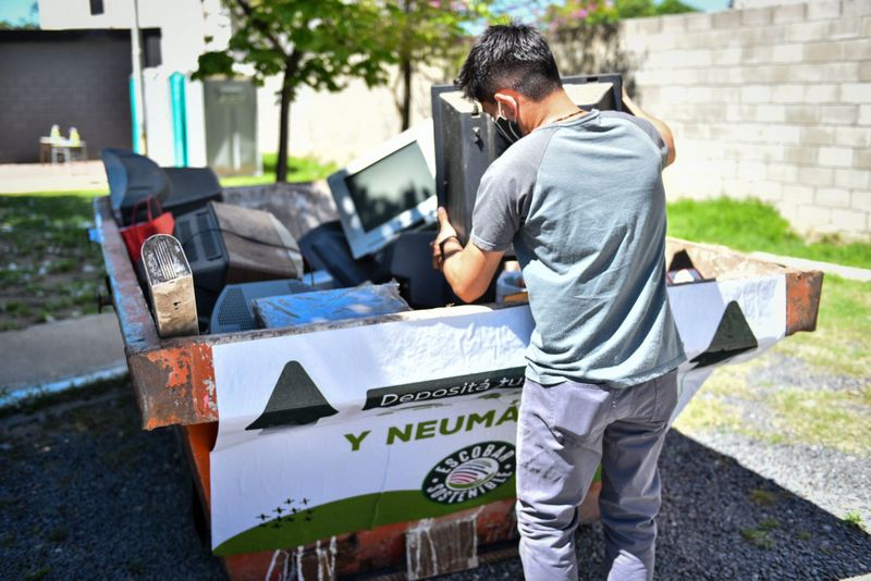 Escobar Sostenible: el Municipio organiza una nueva jornada de recolección de residuos de aparatos eléctricos y electrónicos (RAEE) en todo el distrito