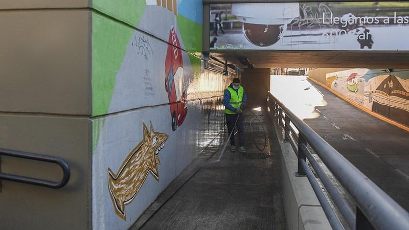 San Fernando realiza limpieza semanal de túneles para mantener en condiciones los accesos a la ciudad