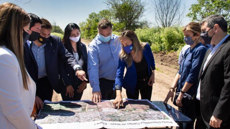 Galmarini, Nardini, Correa y autoridades de ABBE recorrieron el predio en donde se construirá la Planta Depuradora Campo de Mayo, que beneficiará a más de 1 millón de habitantes