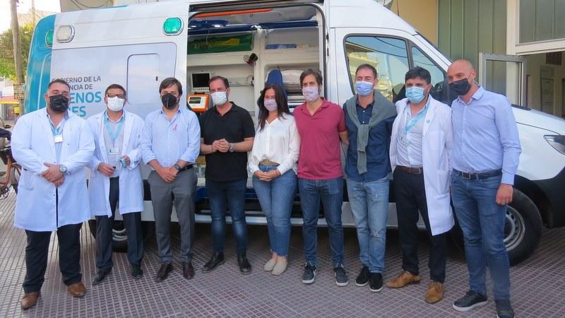 El Ministerio de Salud , entregó una ambulancia de Alta Complejidad al Hospital Erill