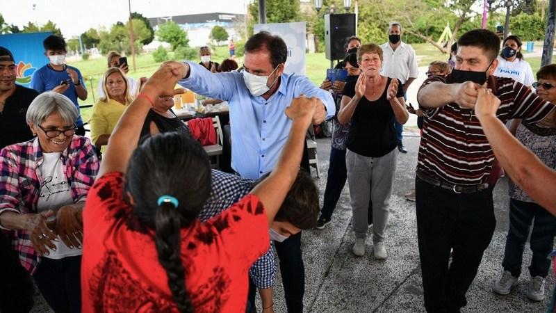 Ariel Sujarchuk participó del lanzamiento del programa Plazas PAMI en el partido de Escobar