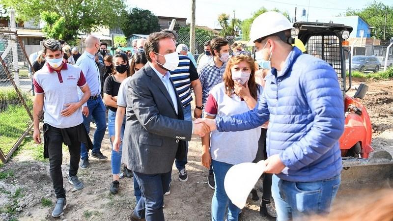 Ariel Sujarchuk supervisó los trabajos de construcción de la Escuela Secundaria 11 Carlos Fuentealba de Garín