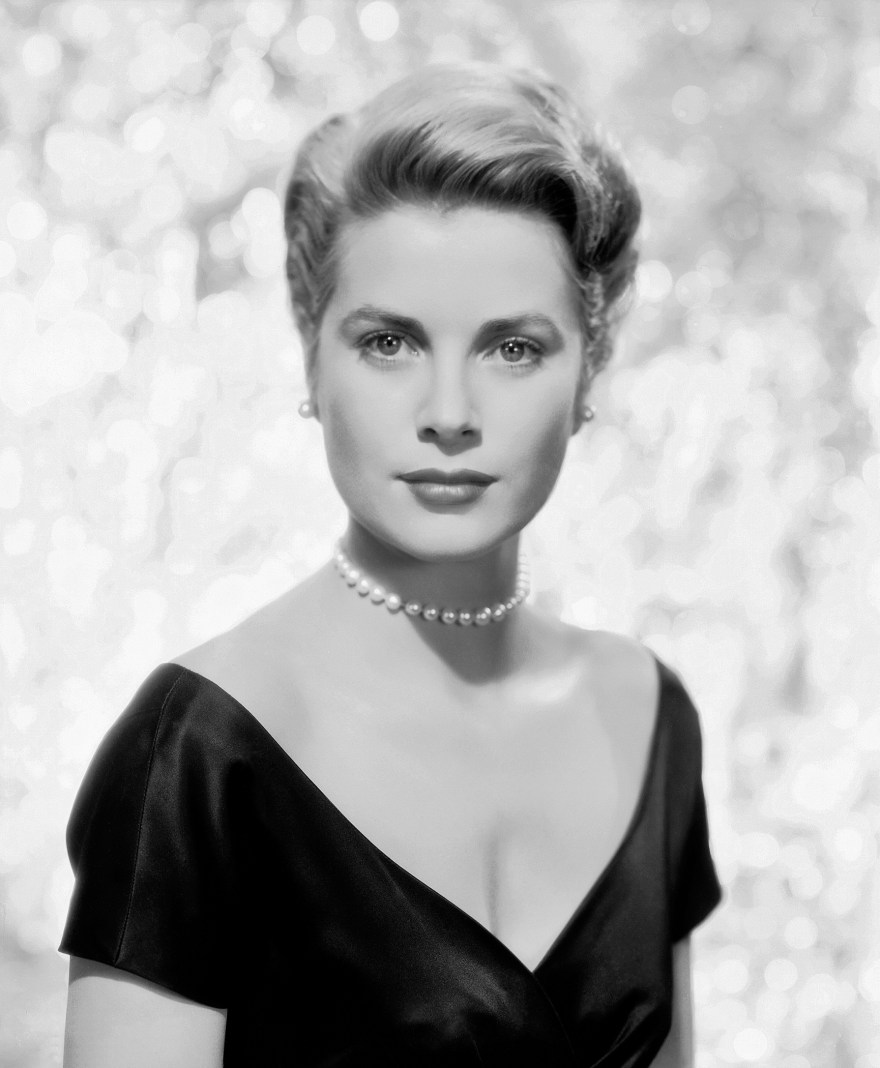 Meet Me In Monaco by Hazel Gaynor and Heather Webb brings Grace Kelly back to life! #gracekelly #hazelgaynor #heatherwebb #monaco #novel #arc