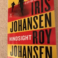 #Interview with Iris and Roy Johansen : Hindsight ~ a unique thriller! @Iris_Johansen #SaturdaySpotlight #SaturdayShare