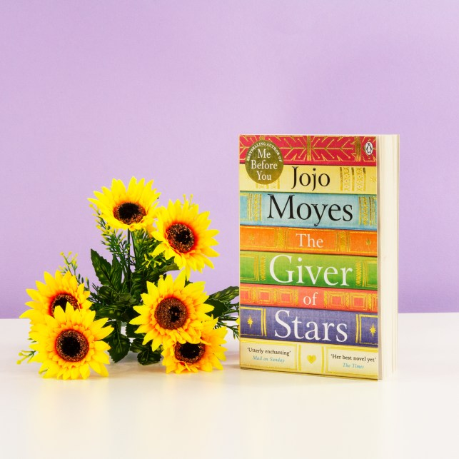 The Giver of Stars by JoJo Moyes is out in paperback today! #Review #TheGiverofStars