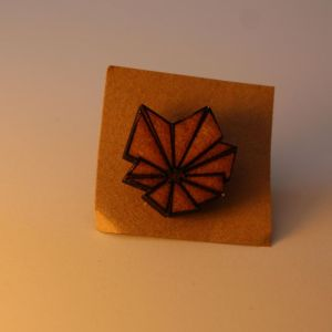 Blume Pin By Metraeda
