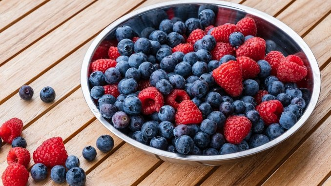 berries are part of a healthy eating plan