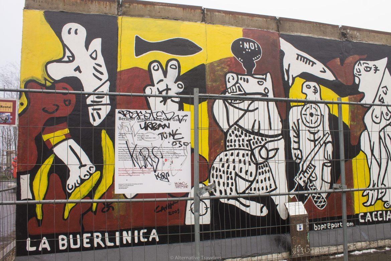 La Buerlinica Mural on the Berlin Wall | AlternativeTravelers.com