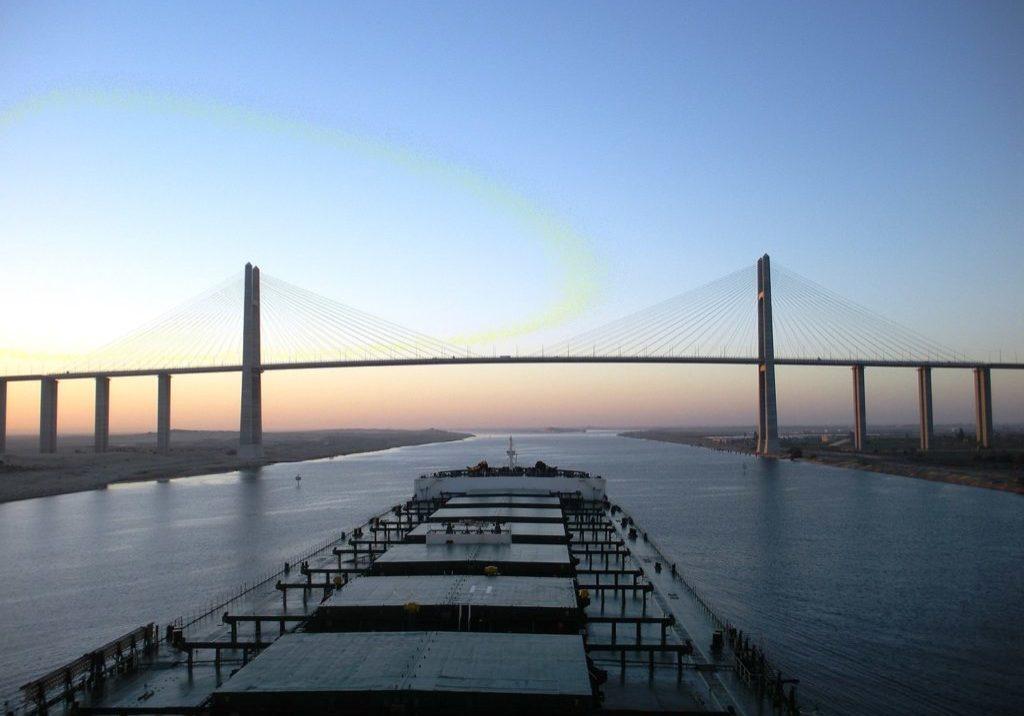 1440px-Capesize_bulk_carrier_at_Suez_Canal_Bridge