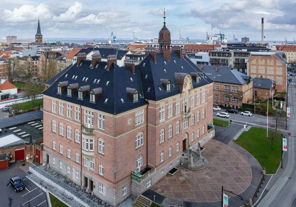 Aarhus_Courthouse,_2017-04-12