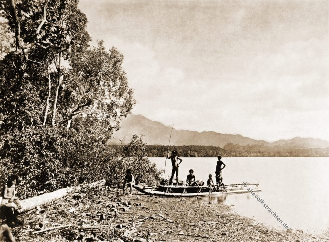 Bertha, Lagoon, Boating, mountains, natives, dress, Papuasia, Papua New Guinea, J. W. Lindt,