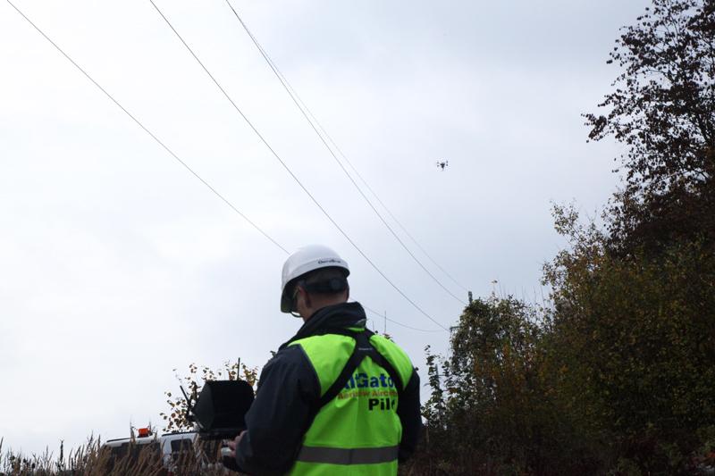 altigator drone uav power line inspection ground control station live hd video aerial - Inspection aérienne de lignes électriques