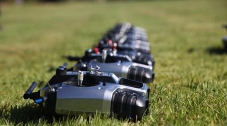 devenir pilote de drone professionnel entrainement formation apprentissage scaled - Formation au pilotage de drones professionnels
