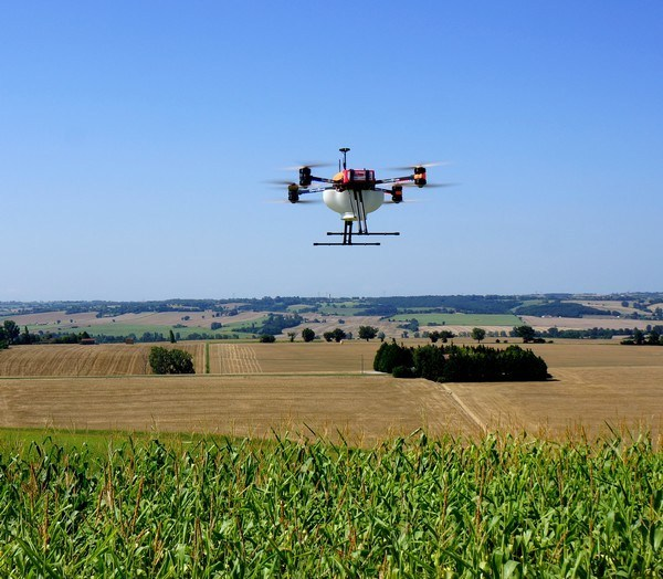drone agriculture de precision FOX trichogramme - drones