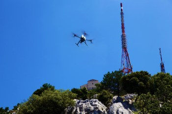 onyxstar_drone_uav_tower_transmission_mobile_data_inspection_monitoring