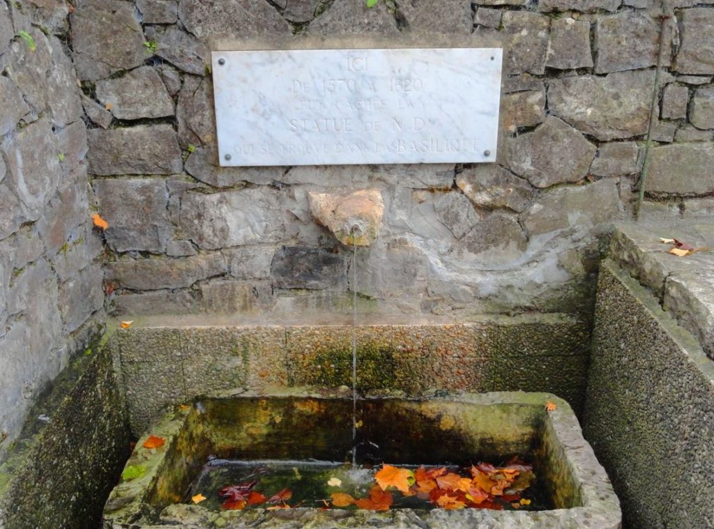 Source miraculeuse de Notre Dame de Buglose