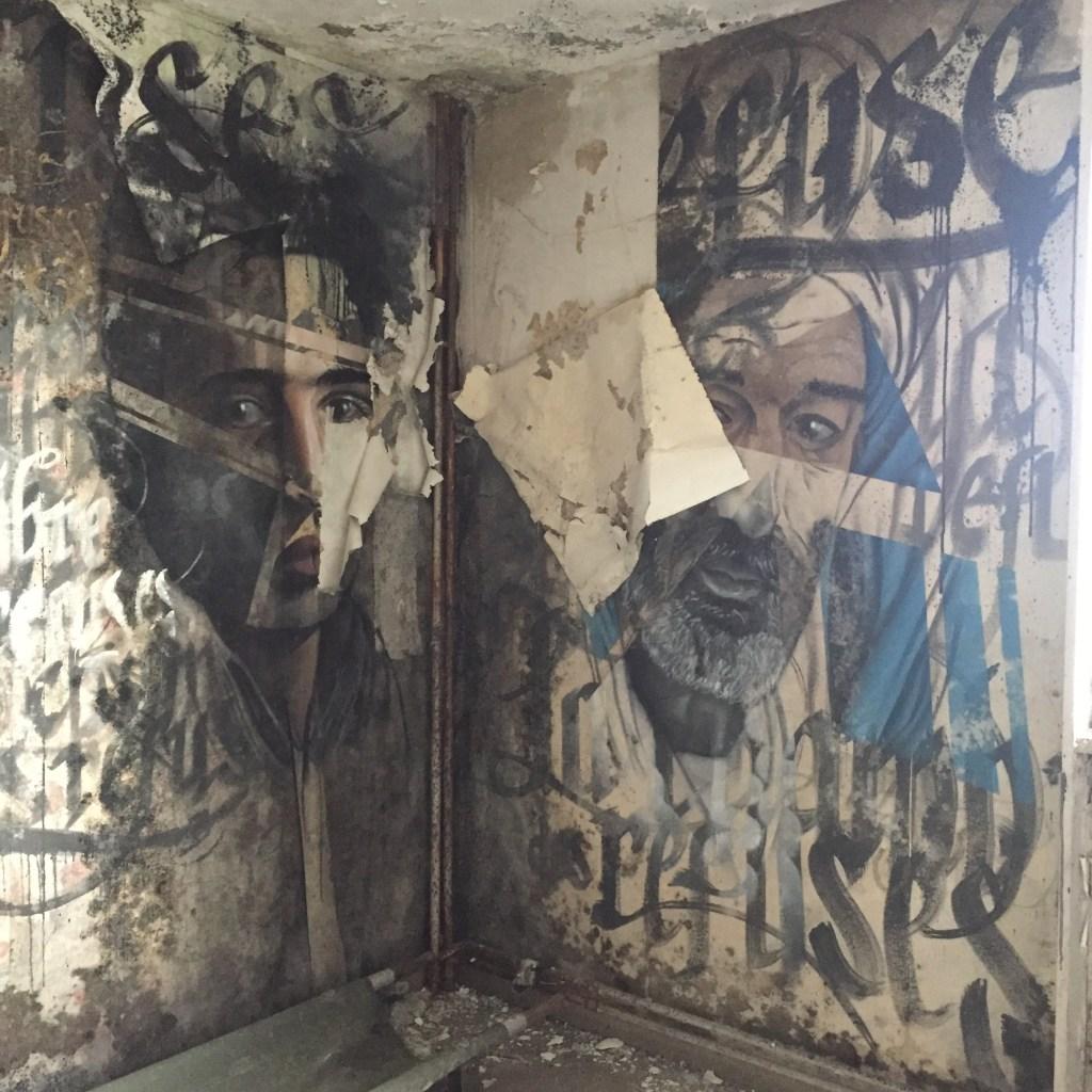Visite de la Chambre des Refusés de l'Hôtel 128 à Street Art City