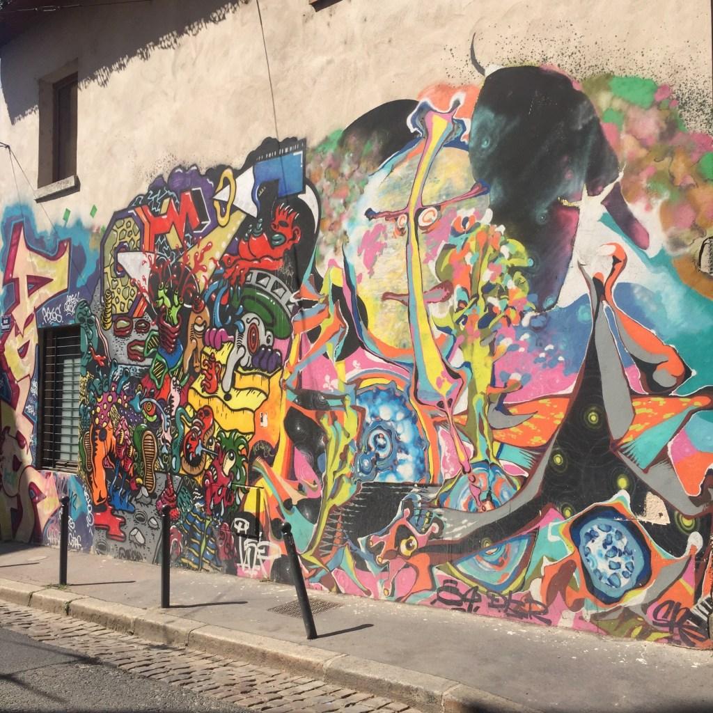 Fresque murale géante sur les pentes de la Croix-Rousse à Lyon