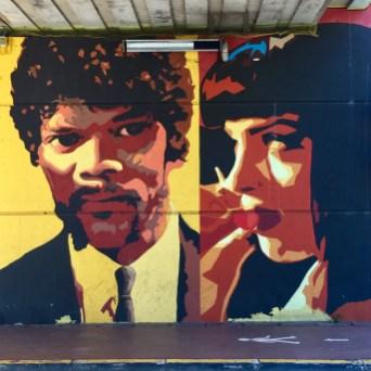 Oeuvre de Street Art à Cannes inspirée du film Pulp Fiction
