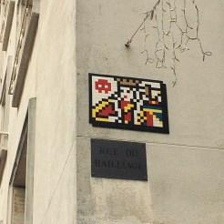 Invader Versailles roi Soleil rue du Baillage