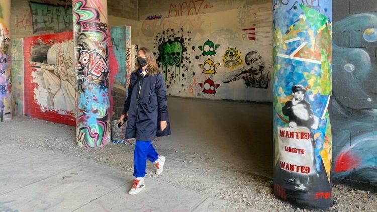Séverine Thery fondatrice du blog Street Art Altinnov au Spot 13 à Paris
