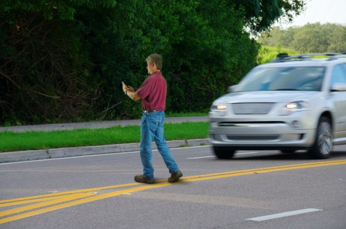 Distracted Pedestrian Alert - Altizer Law PC