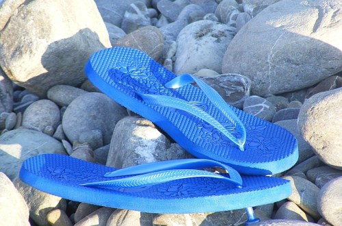 Wearing Flip-Flops While Driving in Virginia -- Altizer Law, PC