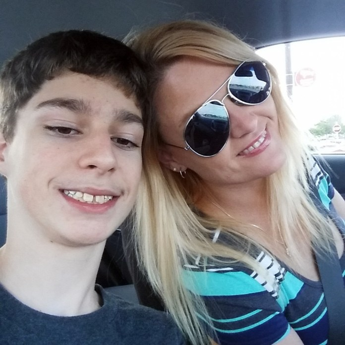 Do not resuscitate Alabama teen Alex Hoover with mother Rene