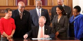 Robert Bentley signs Office of Minority Affairs
