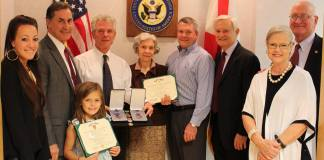 Present Medals to Family of Fallen Soldiers
