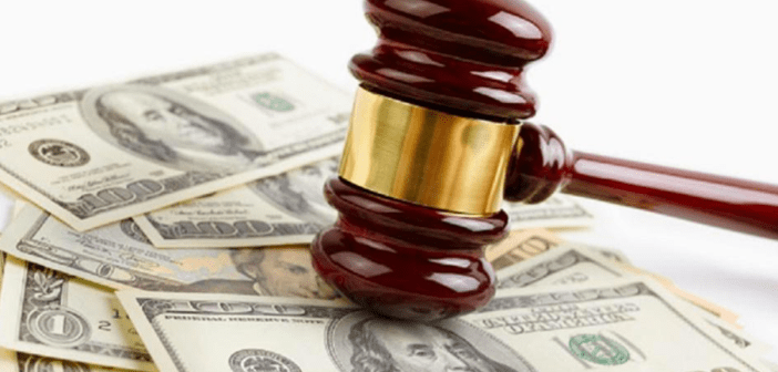 legal fees_money gavel_court