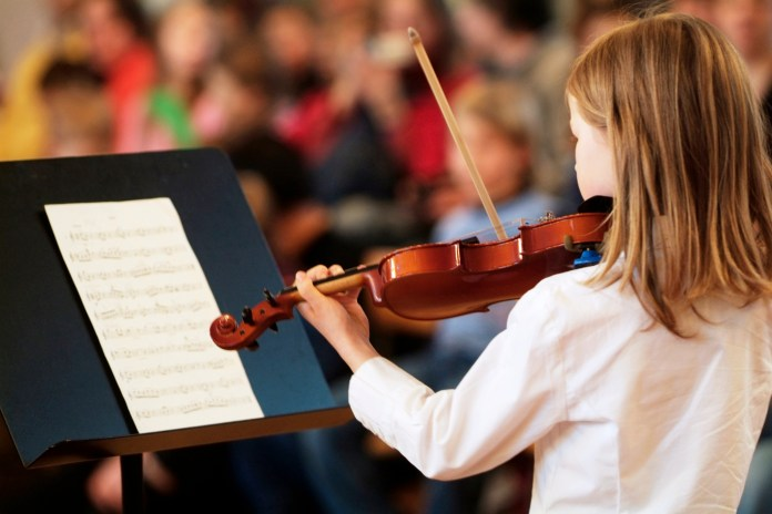 playing musical instrument violin