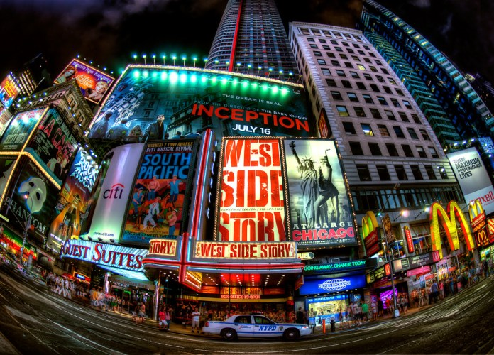 Times Square_Broadway