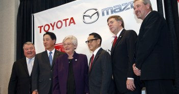 Ivey, Cranfield, Battle Toyota Mazda