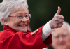 Kay Ivey thumbs up