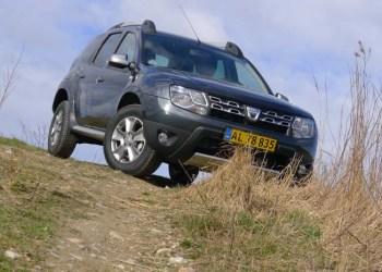 Produceret i Rumænien og baseret på motorkraft fra Renault og 4-hjulstræk fra Nissan.