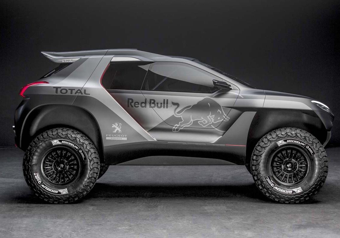 Korte udhæng for og bag, højtløftede skørter og næsten en meter høje hjul skal køre den 2-hjulstrukne rallyudgave af Peugeot 2008 til tops i cross country raid: Dakar Rally.