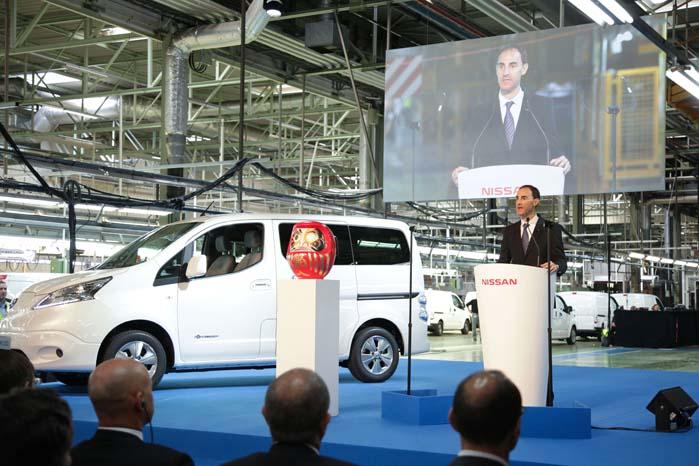 Produktionen er startet i Spanien, og Nissan e-NV200 har allerede kørt millioner af kilometer for virksomheder, der måtte have det eldrevne vidunder i nærmere øjesyn