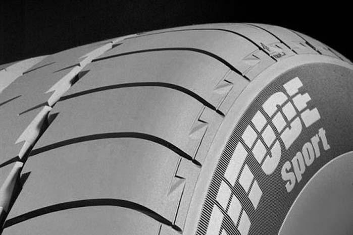 Slidbanemønsteret, gummiblandingen og konstruktionen af dækkets karkasse er ændret til det bedre.