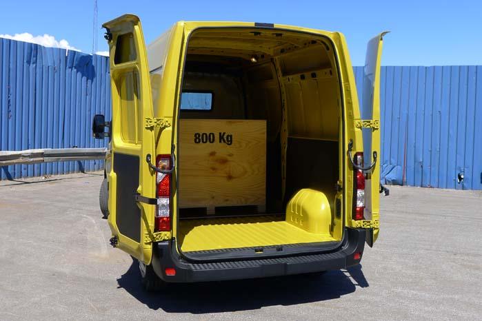 Med 800 kilo ballast i varerummet er den nye Master letløbende, smidig og mere økonomisk end før.