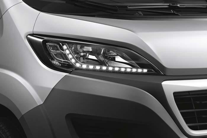 LED-kørelys er ikke forbeholdt luksusbiler, men kan også ses på en stor varebil som Boxer - omend kun som ekstraudstyr.