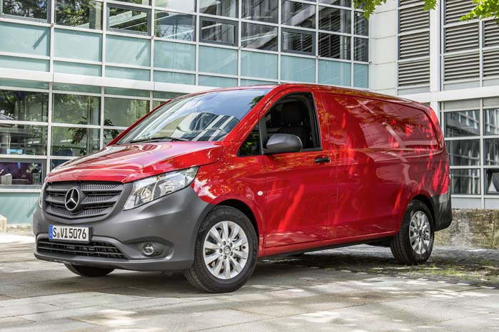 Ligesom den store varebil-serie Sprinter har Vito en markant stjerne til at understrege bilens DNA-profil.