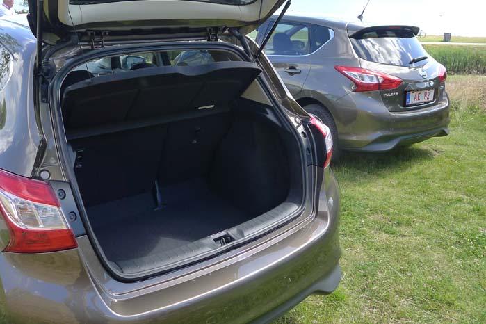 Da Nissan har prioriteret bagsædeplads højere end bagagerummets kapacitet, er denne som udgangspunkt  385 liter, men kan naturligvis forøges ved at udnytte det variable bagsædearrangement. Ombygget til varebil forventes lasteevnen at blive omkring halvanden kubikmeter.