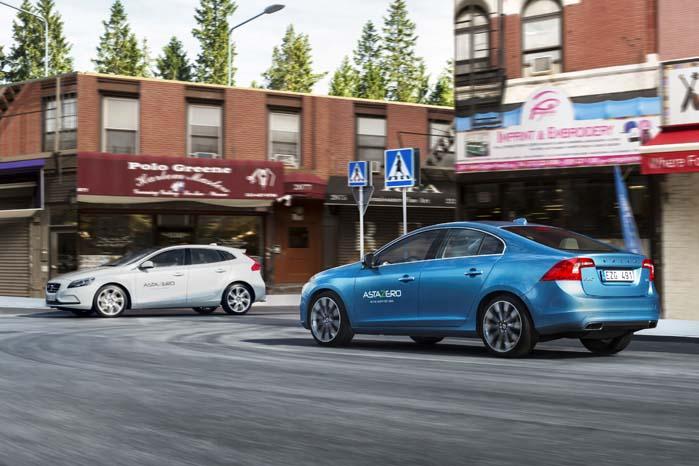 På AstaZero-centret kan Volvo gennemføre virkelighedstro forsøg i fuld skala.