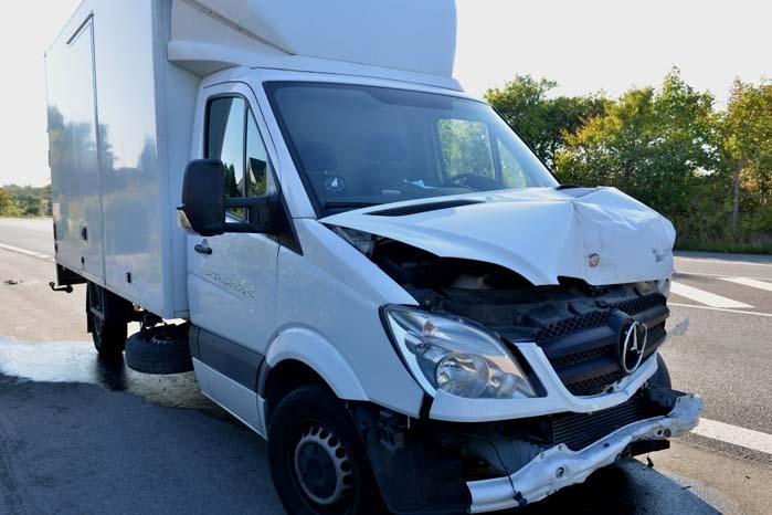 En skadet varebil eller lastvogn, der står på værksted i flere end 10 dage kan blive en alvorlig økonomisk belastning for en virksomhed, som er afhængig af mobilitet.