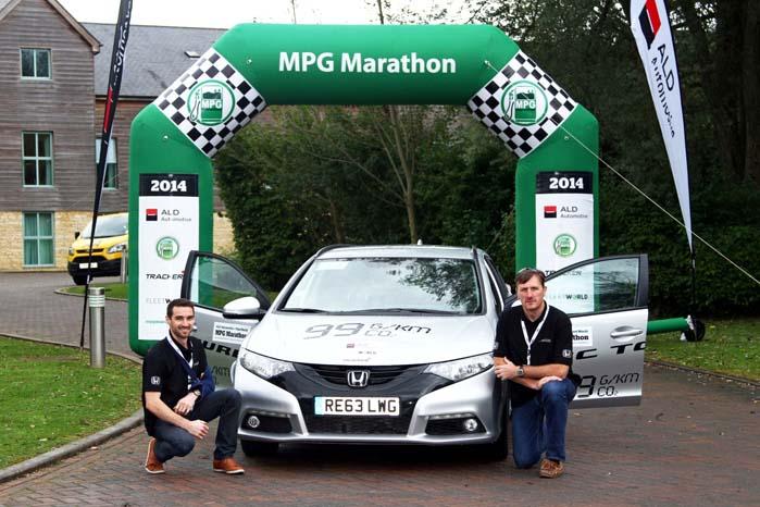Fergal McGrath og James Warren præsterede løbets bedste resultat med et gennemsnit på 34,66 kilometer per liter i deres Honda Civic Tourer.
