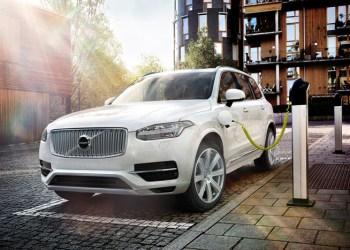 Volvo XC90, der går i produktion i løbet af foråret, er spækket med ny hybrid- og sikkerhedsteknologi. Og Volvo er helt på det rene med, at konkurrenterne vil kopiere det